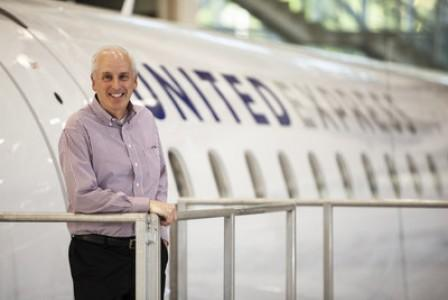 ExpressJet Airlines, a United Express Carrier, Names Captain Scott Hall as Vice President of Flight Operations